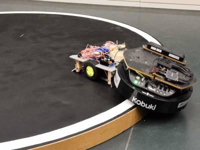 """""""Schüler-bauen-Roboter-Wettbewerb"""" der TU München 2019/2020"""